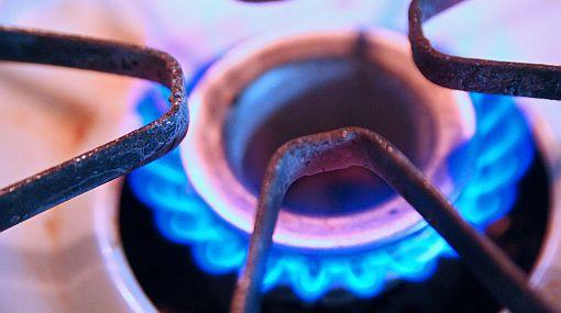 ¿Cómo quitar la grasa de los quemadores de la cocina?