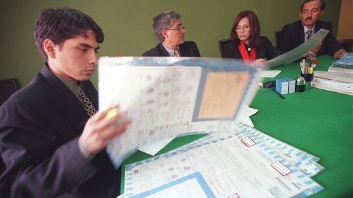 Este jueves acabaría revisión de actas electorales observadas en Lima