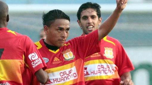 Johan Sotil renovó con Sport Huancayo y no sabe nada de una posible oferta de la 'U'