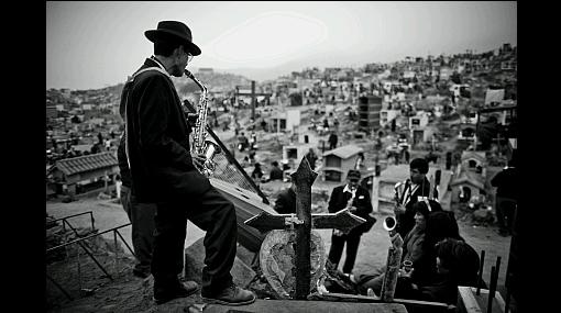 FOTOS: limeños acudieron a los cementerios en el Día de Todos los Santos