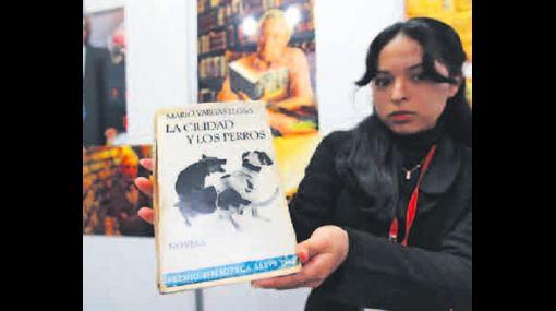 Primera edición de 'La ciudad y los perros' fue vendida a 2 mil soles en la Feria Ricardo Palma