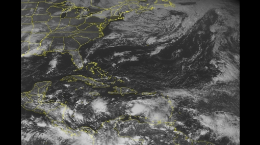 Huracán Tomas se fortalece mientras avanza hacia Haití y Cuba
