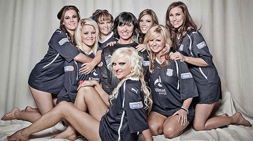 FOTOS: Esposas de jugadores del Dundee United hicieron calendario sexy para ayudar al club