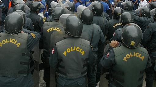Mil policías dados de baja por indisciplina vuelven a PNP por fallos judiciales