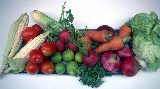 Senasa investigará si alimentos que se venden en mercados tienen residuos de plaguicidas