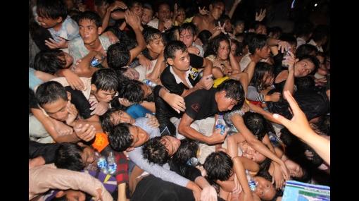 Tragedia: mueren más de 300 personas tras estampida humana en Camboya