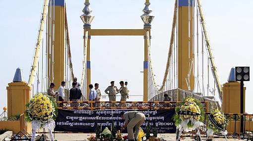 Cifra de muertos por estampida en Camboya subió a 456