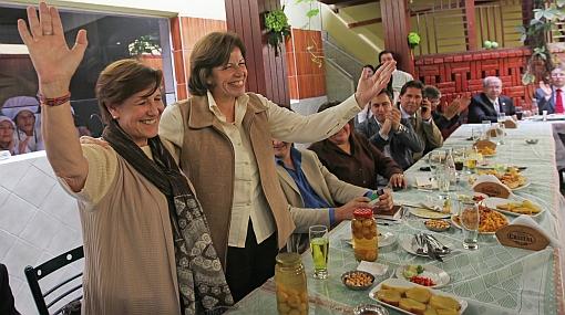 ¿Sabe qué comieron Susana Villarán y Lourdes Flores durante su encuentro de ayer?