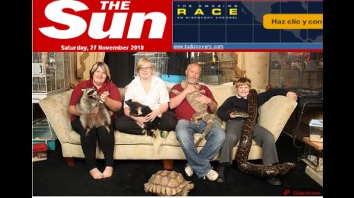 De locos: una familia inglesa convive con 80 animales exóticos