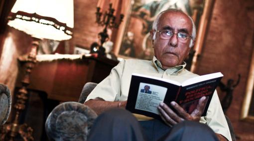"""Ernesto Velit: """"Revelaciones de Wikileaks podrían ser decisivas para las elecciones presidenciales de 2011"""""""