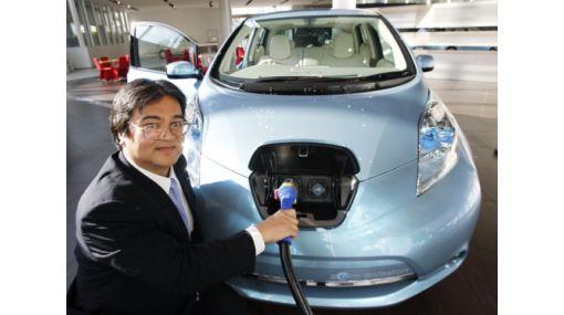 FOTOS: Nissan lanza Leaf, su primer auto eléctrico de venta masiva