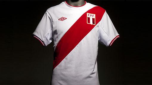 Modelo 2011: conozca la nueva camiseta de la selección peruana