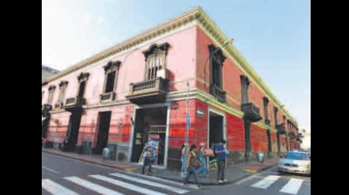 Casona donde se alojó Simón Bolivar se encuentra en estado deplorable