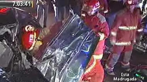Un muerto dejó el choque de un auto con un camión en la Av. Javier Prado