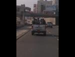 Parece que estos policías no conocen de normas de tránsito - Noticias de cesar carmelino