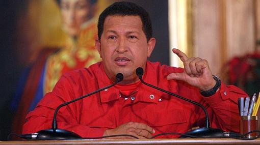 Muñecos de Hugo Chávez y 'Mono Jojoy' serán quemados por Año Nuevo en Colombia