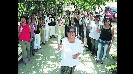 Las matriarcas del pisco: 42 mujeres se unieron para producir nuestro licor de bandera