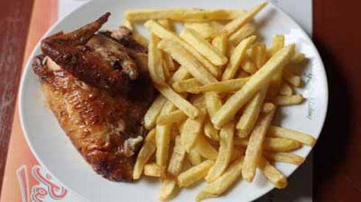 Huacho: 50 intoxicados por comer pollo a la brasa en cena de Año Nuevo