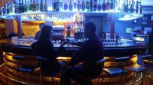 Guía: algunos bares en Lima y Asia para disfrutar unos buenos tragos
