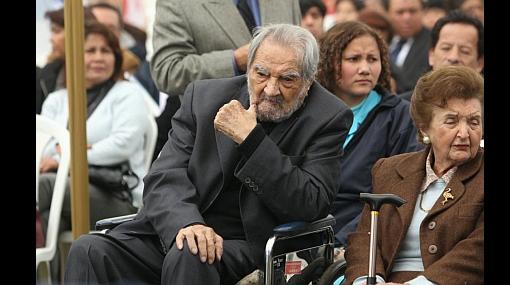 """Armando Villanueva: """"No se necesita Asamblea Constituyente para cambiar Constitución del 93"""""""