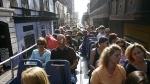 VOTE: ¿Aprueba que el Mirabús ya no recoja turistas en la Plaza de Armas? - Noticias de edgar reano