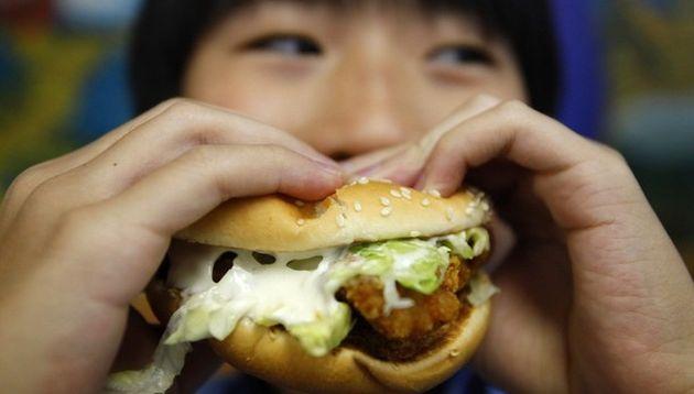 El consumo de grasas puede causar depresión