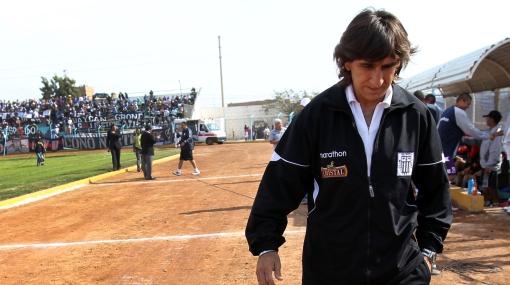 Alianza aceptó renuncia de Costas tras calificar de insuperable oferta