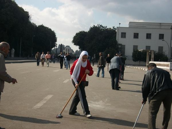 Tuiteros y periodistas comparten fotos de la situación en Egipto