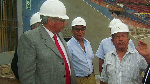 Sergio Markarián visitó las instalaciones del Estadio Nacional
