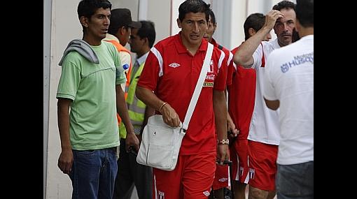 Markarián pidió a nuevos convocados aprovechar partido en la selección