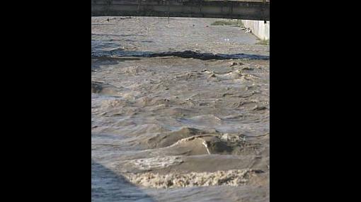 Desborde de río Ica dejó 70 viviendas dañadas