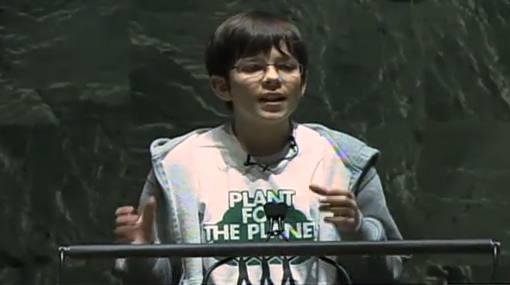 Un niño de 13 años busca plantar un billón de árboles en el mundo