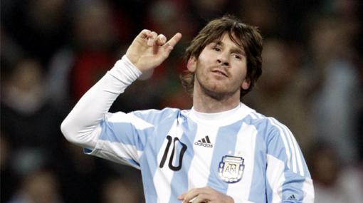 """Bilardo dice que Messi es """"indispensable"""" y lo comparó con Maradona"""