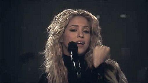 """Shakira dedicó el videoclip de su tema """"Sale el sol"""" a Gustavo Cerati"""
