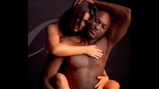 Menor de las Kardashian también se desnuda pero para comercial de TV