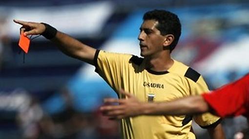 A pedradas: árbitros del partido de San Martín fueron agredidos