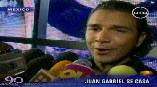 Novio de Juan Gabriel confirmó boda y mostró anillo de compromiso