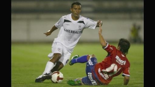 Al fin: el 'Churrito' Hinostroza será convocado a la selección