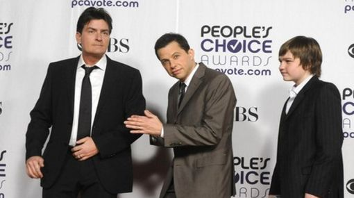 "Cancelan ""Two and a Half Men"" por conducta y salud de Charlie Sheen"