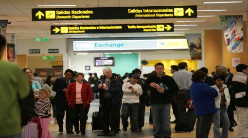 Aspec critica a aerolíneas por falta de información y prevención