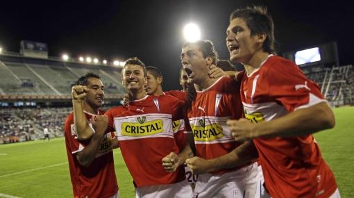 Histórico: U. Católica ganó 4-3 a Vélez luego de ir perdiendo 3-1