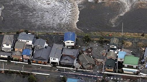"""Terremoto en Japón: """"tren bala"""" se cerró y mlls de casas quedaron sin luz"""