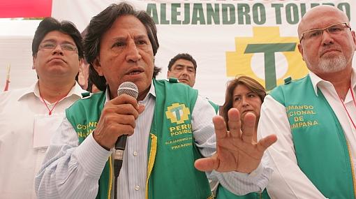 """Toledo da mensaje a los indecisos: """"No des un salto al vacío"""""""