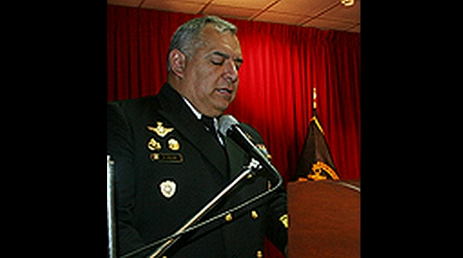Narcoterroristas hirieron a almirante en el VRAE