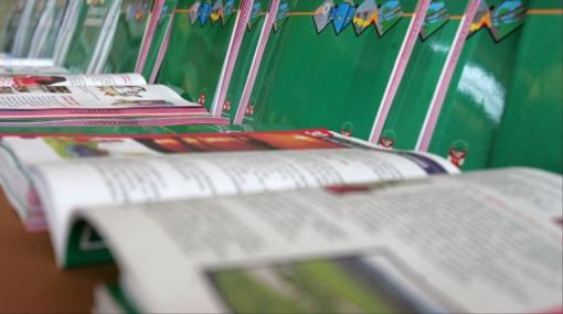 Directora y docente fueron suspendidas por exigir compra de libros