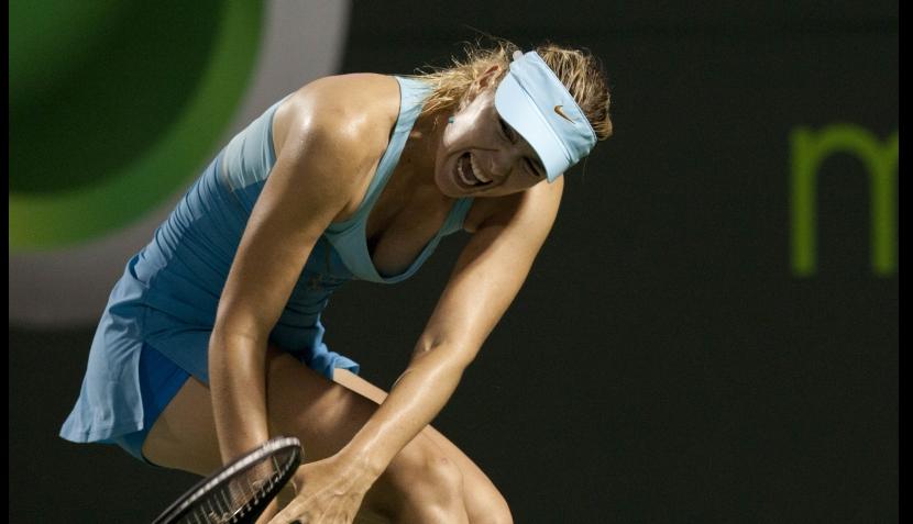 FOTOS: ni el dolor detiene a la Sharapova en el Masters de Miami