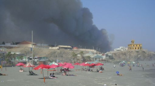 Protestas en Arequipa: manifestantes provocaron incendios en Mollendo