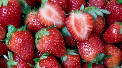 La fresa, protectora de los rayos ultravioleta