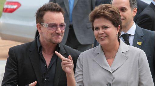 Bono se reunió con Dilma Rousseff y lamentó tragedia en Río