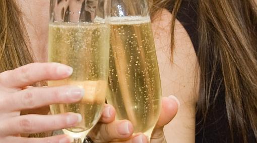 Restaurantes de EE.UU. celebran la muerte de Bin Laden regalando champán